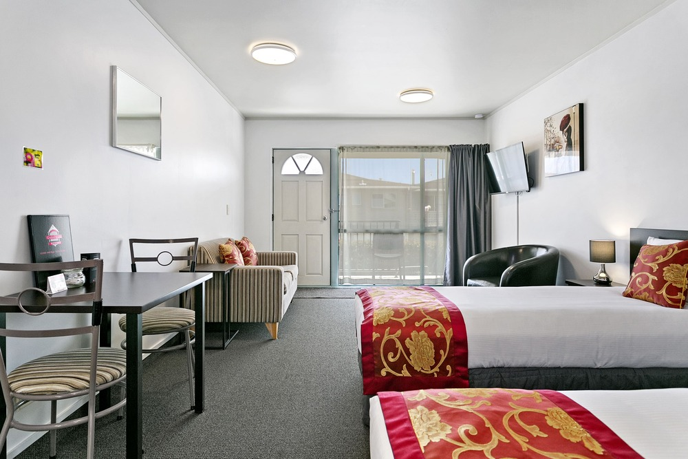 01-Great-Lake-Motel-Studio-Unit-bedroom accommodation taupo | lake taupo accommodation deals | accommodation in taupo